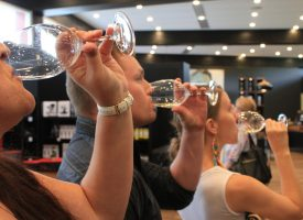 Students Explore Australia - Barossa Valley Wine Tour (6)